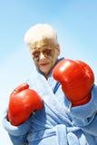 Femme aînée meurtrie de boxe Photographie stock