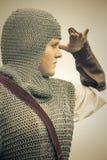Femme/armure médiévale/rétro fractionnement modifié la tonalité Photo libre de droits