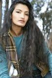Femme asiatique aux cheveux longs Photo stock