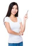 Femme asiatique avec la plume  photographie stock