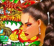 Femme asiatique avec le fond de dragon Longue coiffure de queue de poney et maquillage coloré Photo libre de droits