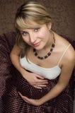 Femme assez enceinte image libre de droits