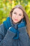 Femme attirante de mode d'automne photos libres de droits