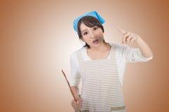 Femme au foyer asiatique folle Photo libre de droits