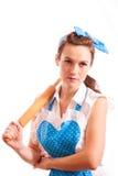 Femme au foyer avec la goupille sur l'épaule Photo stock