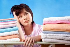 Femme au foyer malheureuse Photographie stock libre de droits