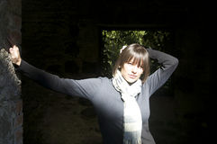Femme au soleil Images stock