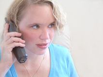 Femme au téléphone Photographie stock libre de droits