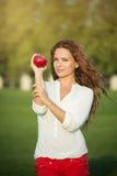Femme avec Apple Photographie stock libre de droits