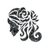 Femme avec de beaux cheveux et fleurs avec la texture grunge Images stock