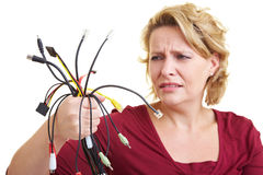 Femme avec des câbles photos stock