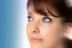 Femme avec des œil bleu Photo stock