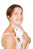 Femme avec des lapins d'animal familier Photos stock