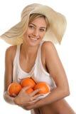 Femme avec des oranges images libres de droits