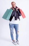 Femme avec des sacs à provisions Image stock