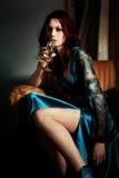 Femme avec du vin Image libre de droits