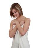 Femme avec l'essuie-main de bain Photos stock