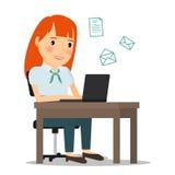 Femme avec l'ordinateur portable envoyant l'email Image stock