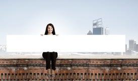 Femme avec la bannière Images stock