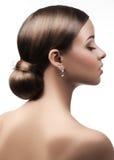 Femme avec la belle coiffure images libres de droits