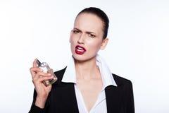 femme avec la bouteille de parfume Images libres de droits