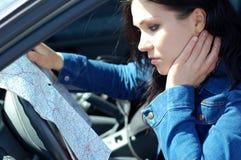 Femme avec la carte Photos libres de droits