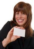 Femme avec la carte de visite professionnelle vierge de visite, l'espace pour le texte Photos stock