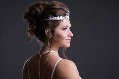Femme avec la coiffure de soirée image libre de droits