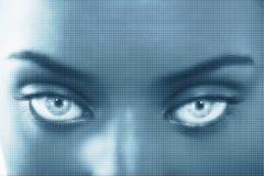 Femme avec la grille superposée Photo stock