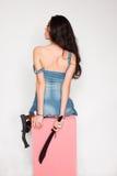 Femme avec la hache, les menottes et l'épée photos libres de droits