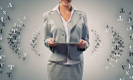 Femme avec la tablette Images libres de droits