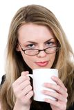 Femme avec la tasse Image stock