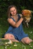 Femme avec la volaille Image stock