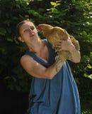 Femme avec la volaille Image libre de droits