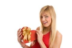 Femme avec le cadeau Photographie stock libre de droits