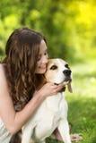 Femme avec le chien Images stock