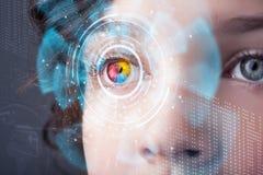 Femme avec le concept de panneau d'oeil de technologie de cyber Photos stock