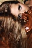 Femme avec le long cheveu blond Image libre de droits