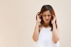 Femme avec le mal de tête, migraine, effort Photographie stock libre de droits
