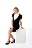 Femme avec le panneau blanc Photos stock