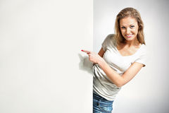 Femme avec le panneau blanc images libres de droits
