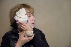 Femme avec le Seashell photos libres de droits