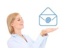 Femme avec le signe d'email Photographie stock