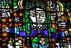 Femme avec le verre souillé d'enfant Images libres de droits