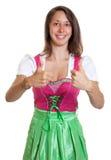 Femme avec les cheveux bruns de la représentation de la Bavière les deux Th Images libres de droits