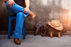 Femme avec les jeans à la mode Photos stock