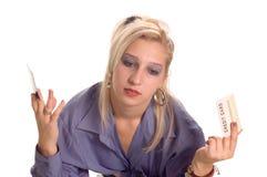 Femme avec par la carte de crédit Photo libre de droits