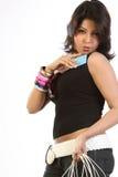 Femme avec par la carte de crédit et des sacs Photos libres de droits