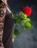 Femme avec Rose rouge Image stock