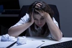 Femme avec trop de travail Photos libres de droits